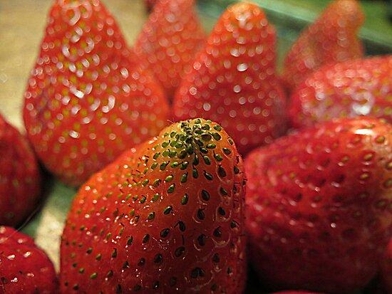 Strawberry Seeds by trueblvr