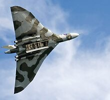 Vulcan XH558 by Country  Pursuits