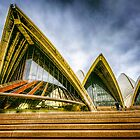 Opera House... by tracielouise