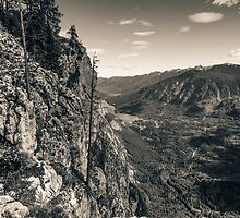 The lost valley - Sepia by Ian Hufton