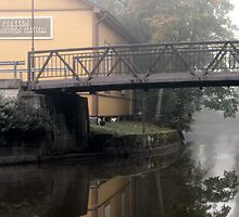 13.9.2013: Bridge, Old Movie Theater and Cat by Petri Volanen