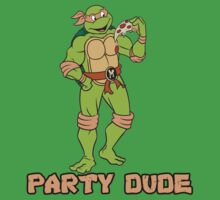 Michelangelo is a party dude! by trippinmovies