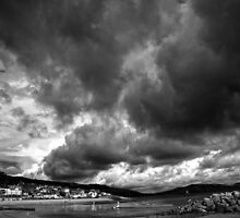 Stormy Sky by Ellesscee