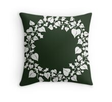 holly and ivy wreath Throw Pillow