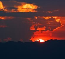 Cloudy Red by jasonksleung