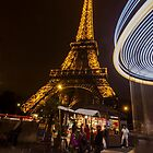 A night look at the Eiffel Tower by Sven Brogren