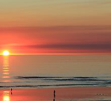 Sunset at Cable Beach Broome by Greta van der Rol