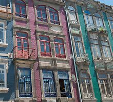 colored houses by OHphoty