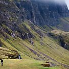 Sightseers at the Trotternish Ridge, Skye by Richard Flint