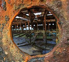 Maheno Porthole  by jasondaley