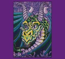 dragon close up (small) by dedmanshootn