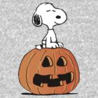 Halloween'd Snoopy by gemzi-ox