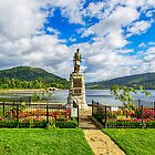 Inveraray War Memorial  by Chris Thaxter