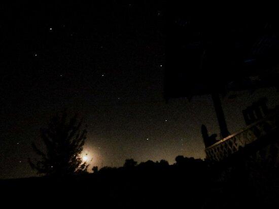 No Clouds Tonight by trueblvr