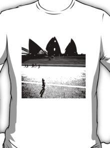 opera tee too T-Shirt