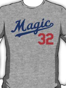 """VICTRS """"Magic #32"""" T-Shirt"""