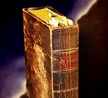 """A BIBLE THAT'S FALLING APART USUALLY BELONGS TO SOMEONE WHO ISN'T"" by ✿✿ Bonita ✿✿ ђєℓℓσ"