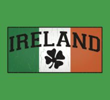Vintage IRISH Flag (Distressed Design) Kids Clothes