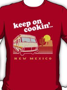 Funny - Keep on Cookin'! (Br Ba) Distressed Vintage Design T-Shirt