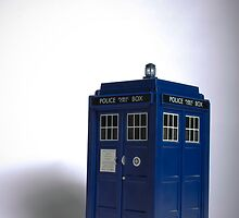 Tardis/Doctor Who by Tara Brandau