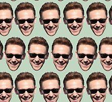 ladies and gentlemans, Tom Hiddleston by izabelew