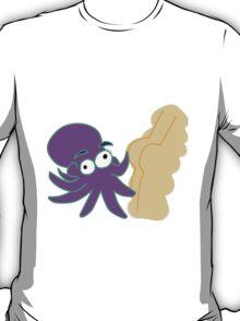 Octopus touching butt T-Shirt