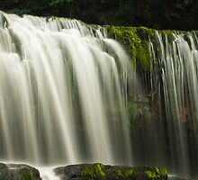 Brecon Beacon Waterfalls by barrylee