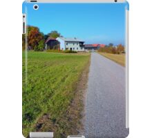 Country road and beautiful panorama | landscape photography iPad Case/Skin