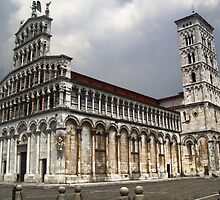 Lucca Italy by GregorDyer
