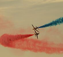 Red Arrows at Cowes Week by Jonathan Cox