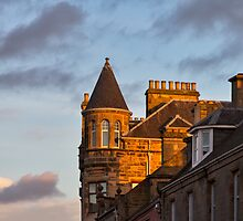 Elgin South Street, last rays. by JASPERIMAGE