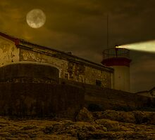 Lighthouse by night by Tom Klausz