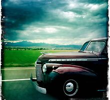 Colorado Cruising Antique Car by sarafureyphoto