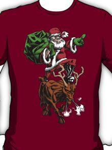 Santa Adventurer Extraordinaire  T-Shirt