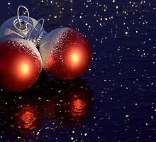 Red and white Christmas decorations by Susanna Hietanen