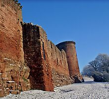 Snowy Bothwell Castle by Escocia Photography