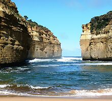 Towering Cliffs of Loch Ard Gorge by Trish Meyer