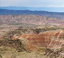 Badlands and Absaroka Mountains by cavaroc