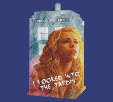 i looked into the tardis by Trust50