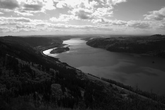 Columbia River by Matt Amott