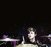 Ashton Irwin by anafranciscabb