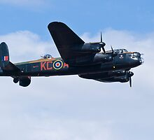 Lancaster Bomber at Cleethorpes Airshow by Speedy78
