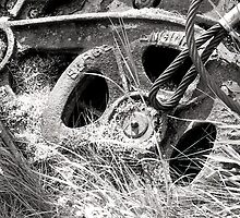 Black and white film industrial photography old machinery parts - Ferri Abbandonati by visionitaliane