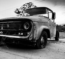 Monochrome Truck by axemangraphics