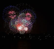 New Years Eve Fireworks 2014  by EOS20
