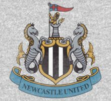 Newcastle United F.C Logo by dearTortoise