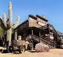 Old Goldfield Saloon by Gordon  Beck