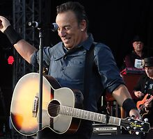 Bruce Springsteen at Hard Rock Calling by JR Photography