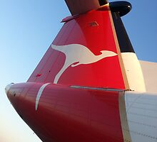 Qantaslink Bombardier Q400 VH-QOF old livery by Bombardier-boy
