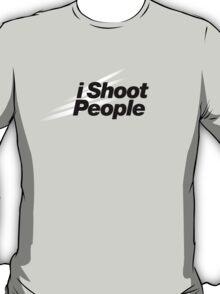 I Shoot People (Nikon Theme) T-Shirt